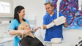 Vorbereitung einer zahnärztlichen Behandlung